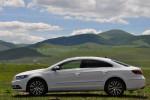 该款大众CC的车身尺寸仍然保持了旧款的水平,4799mm的车身长度只是外观结构件的细微变化。