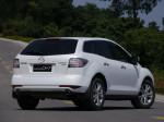 """国产CX-7的外形和最早的2010款车型基本没有变化,整车线条较为流畅,没有马自达新车""""魂动""""理念的那样曲折动感。"""