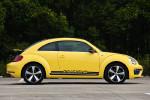 """这款车型在海外称为甲壳虫GSR,GSR是德文""""黄黑相间的速度选手""""的缩写。"""