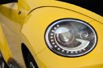 漂亮的头灯设计与2.0TSI版本一致。