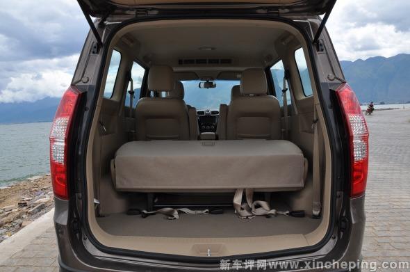 五菱宏光S 1.5尾厢怎么样 五菱宏光S评测 新车评网xincheping.com高清图片