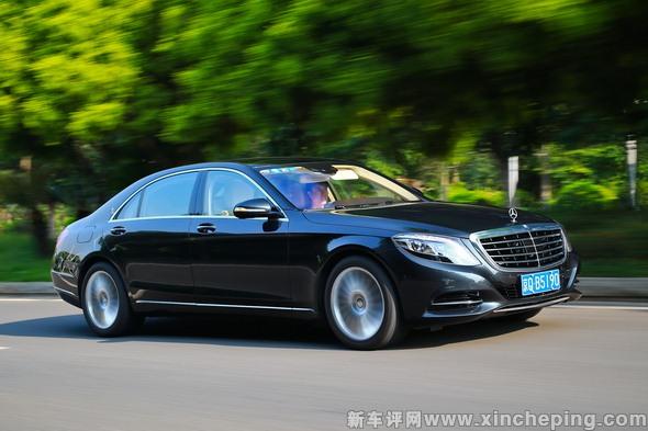 奔驰S500L多少钱 披着轿车外衣的轿跑车