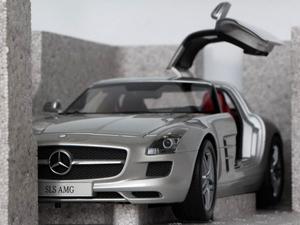 奔驰sls amg车模 比例 1 18高清图片