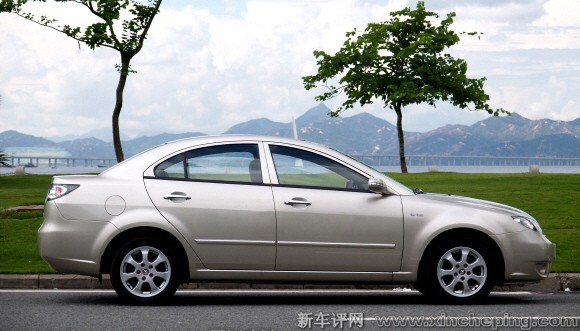 福美来三代1.6侧面轮廓怎么样 海马福美来三代评测 新车评网xinch高清图片