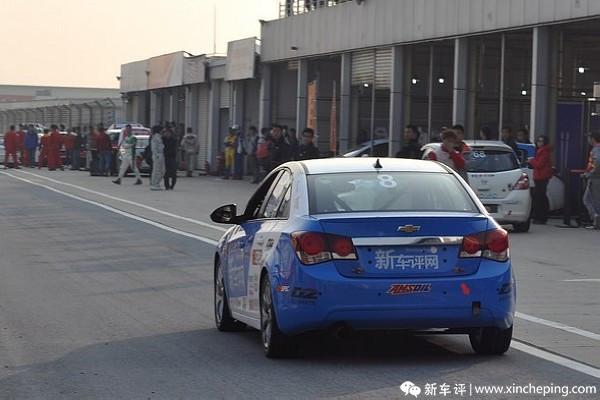 新车评网赛车队(60)用比赛考验科鲁兹耐久性