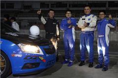 跨年苦战 新车评赛车队6小时耐力赛视频