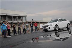 我们如何做专业测试?新车评网友体验日视频