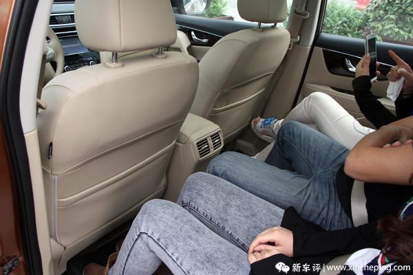 新奇骏长测(12)广受同事钟爱的后排座椅