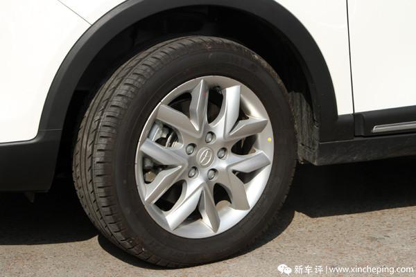 瑞风S3长测(10)行车好帮手,胎压胎温齐显示!