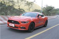 新车评网试驾全新福特Mustang视频
